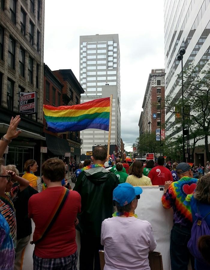 UUs Marching in the Cincinnati Pride Parade, 2015
