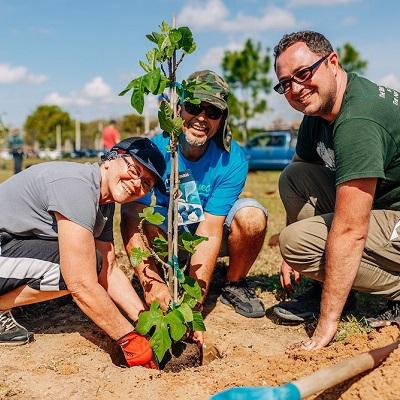 Heritage Acres Tree-Planting Day